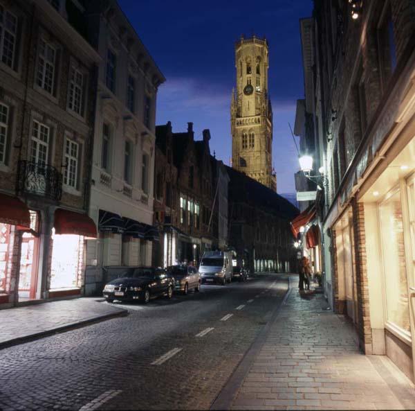 Brugge Street At Night01